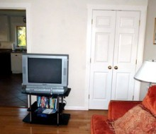 Cottage-TV-room3